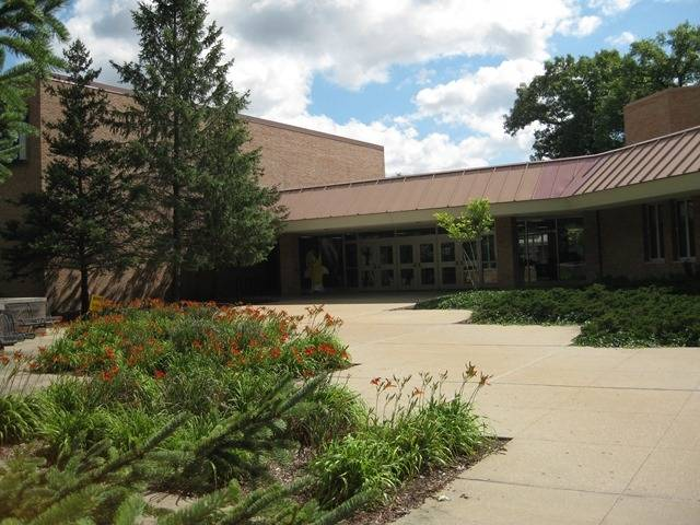 Center for Adult and Continuing Studies, Muskegon